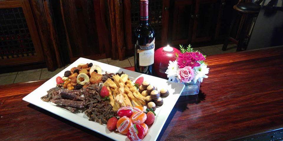 Meals and Enjoyment at Linksfontein Safari Lodge